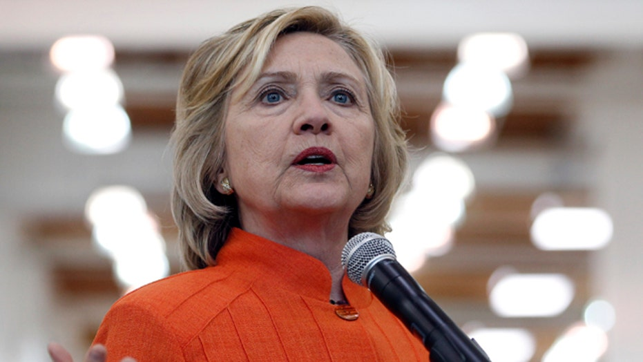 Clinton refuses to say if private server was wiped clean