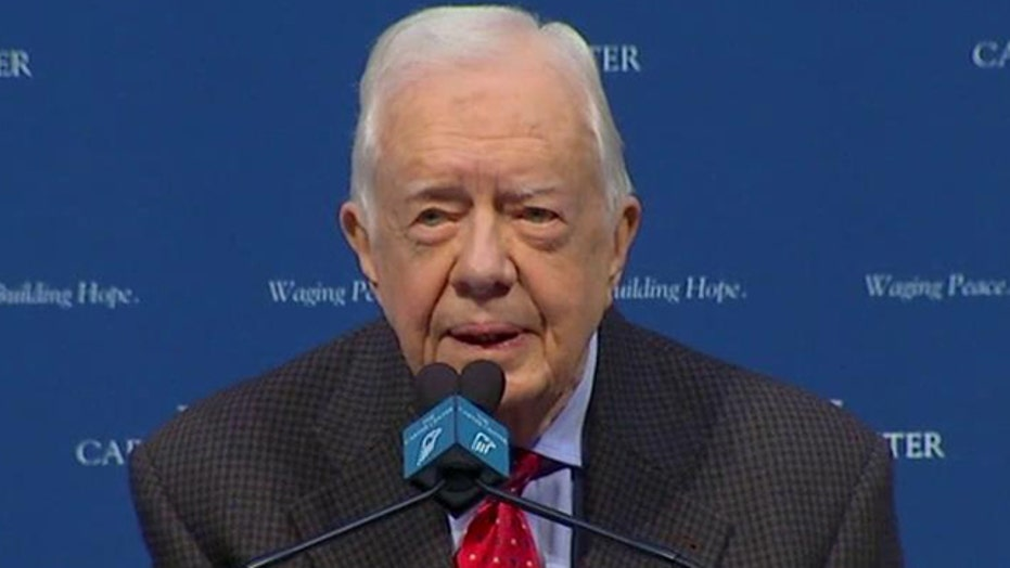 Jimmy Carter says he will undergo radiation for brain cancer