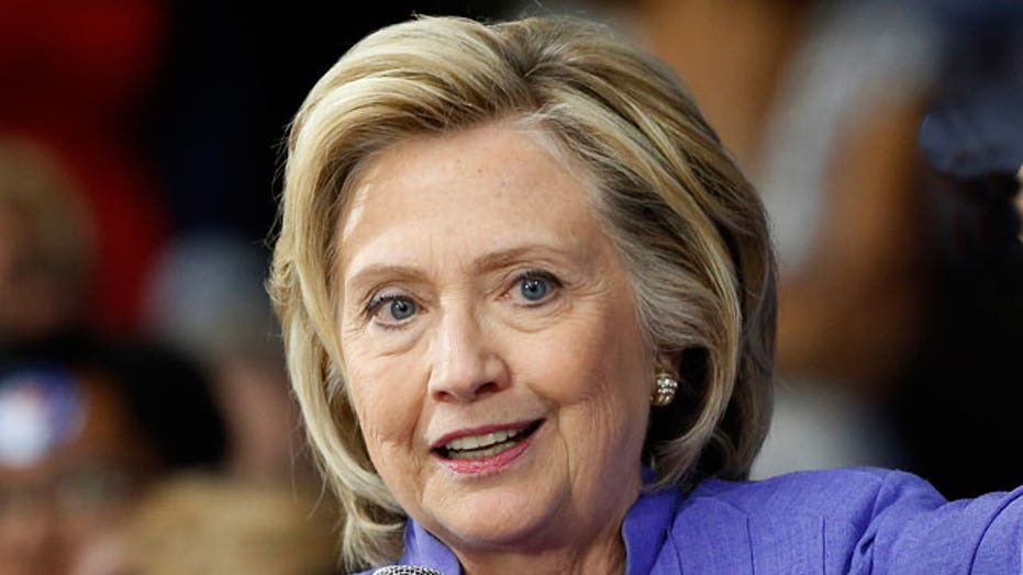 Hillary Clinton's private server scandal continues to grow