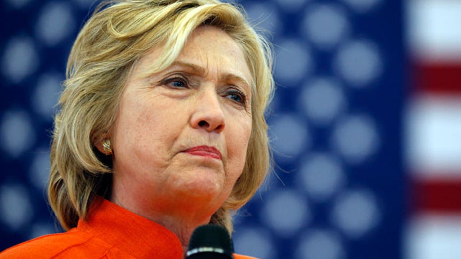 Hillary Clinton's private server investigation deepens