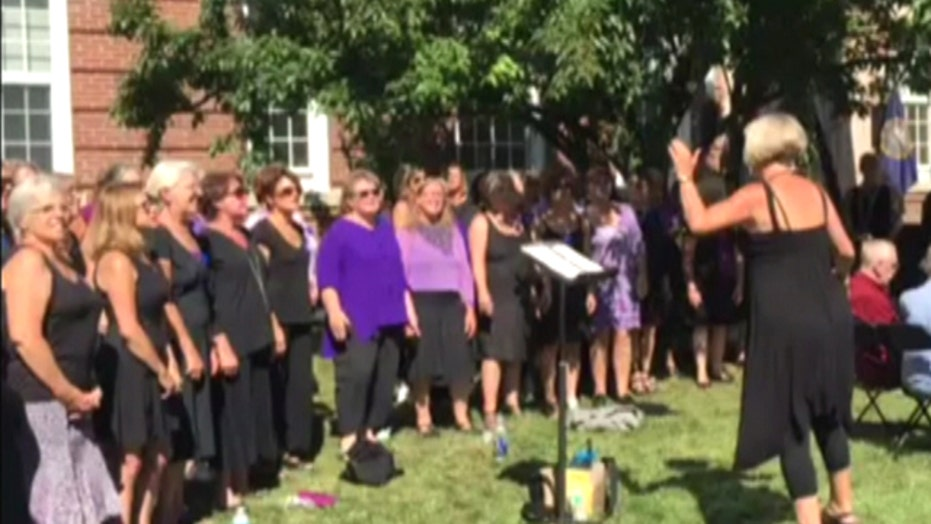 Choir replaces 'Jesus' with 'Hillary' in gospel song