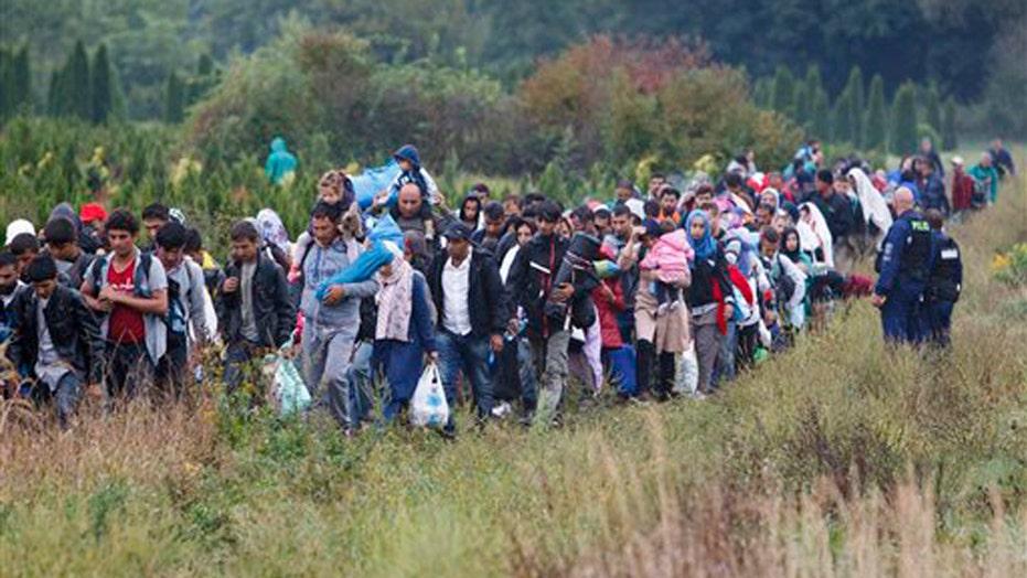 EU calls emergency summit amid migrant crisis