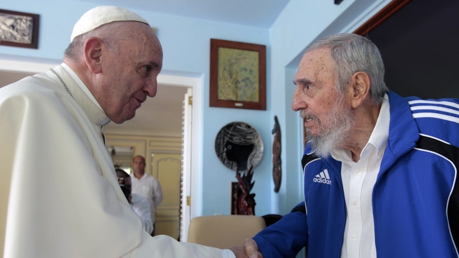 Pope Francis meets with Fidel Castro, holds mass in Cuba