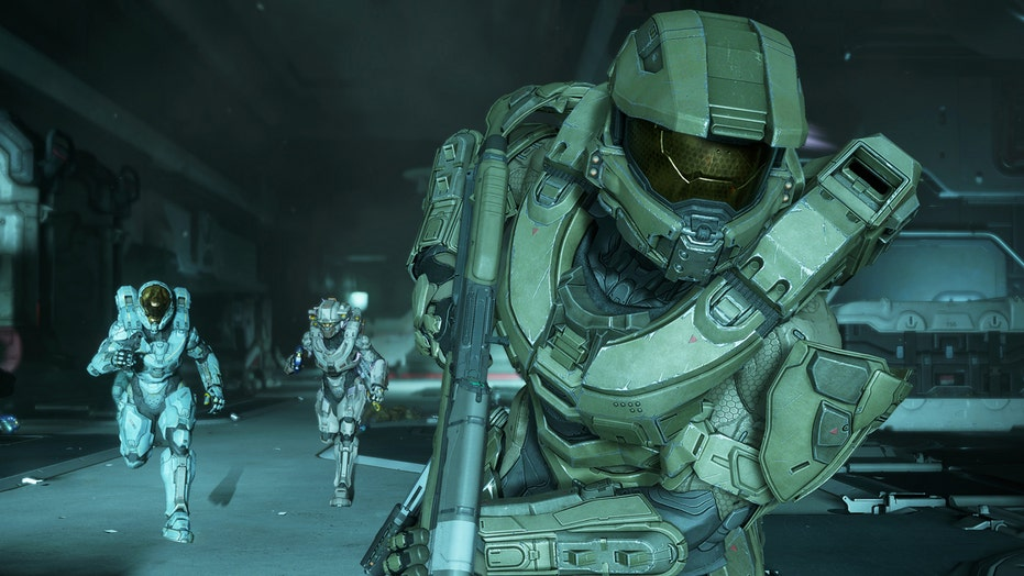 'HALO 5: Guardians': The hunt for Master Chief begins