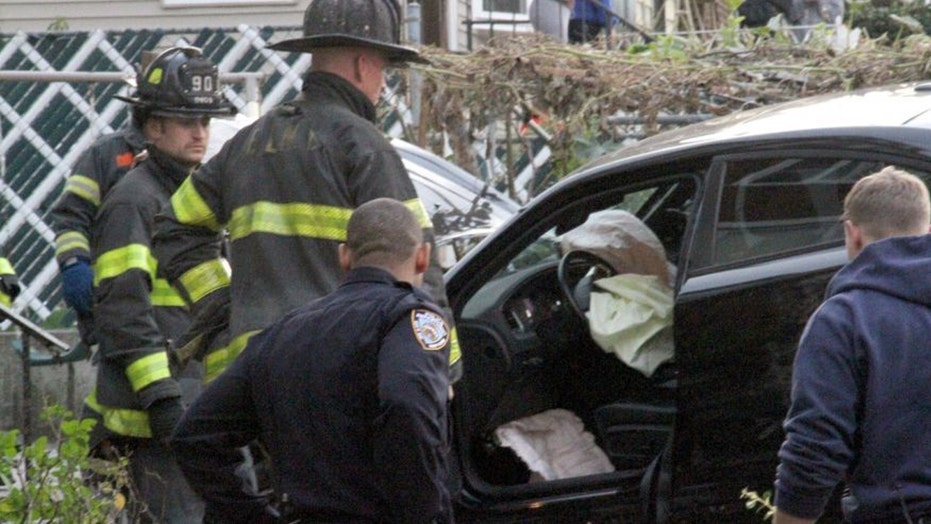 3 killed, 3 or more injured as car hits NY trick-or-treaters