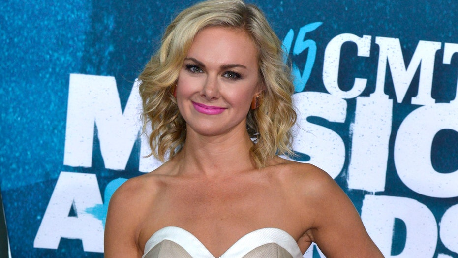 Laura Bell Bundy recovers from heart surgery