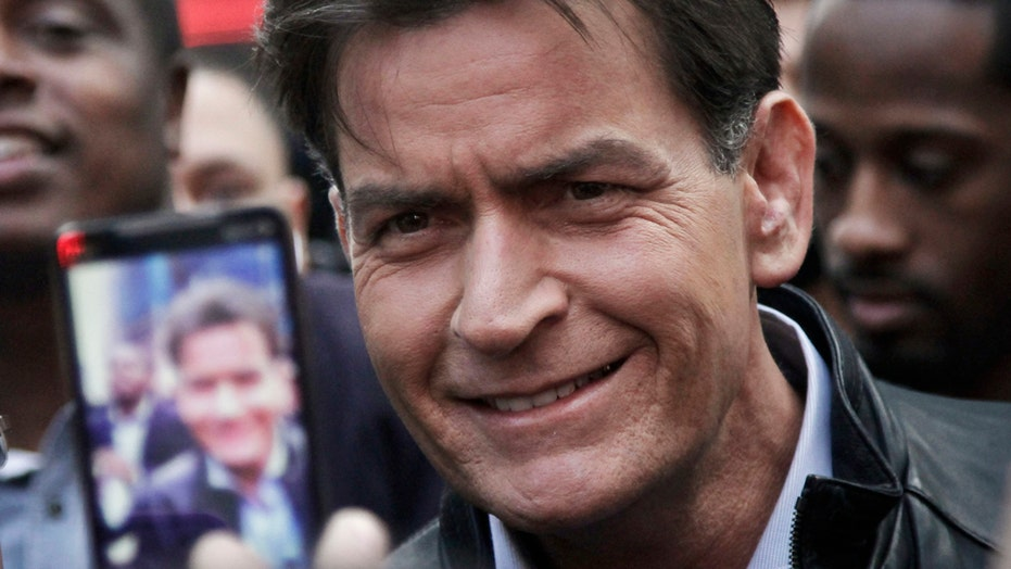 Charlie Sheen says other Hollywood stars are HIV positive
