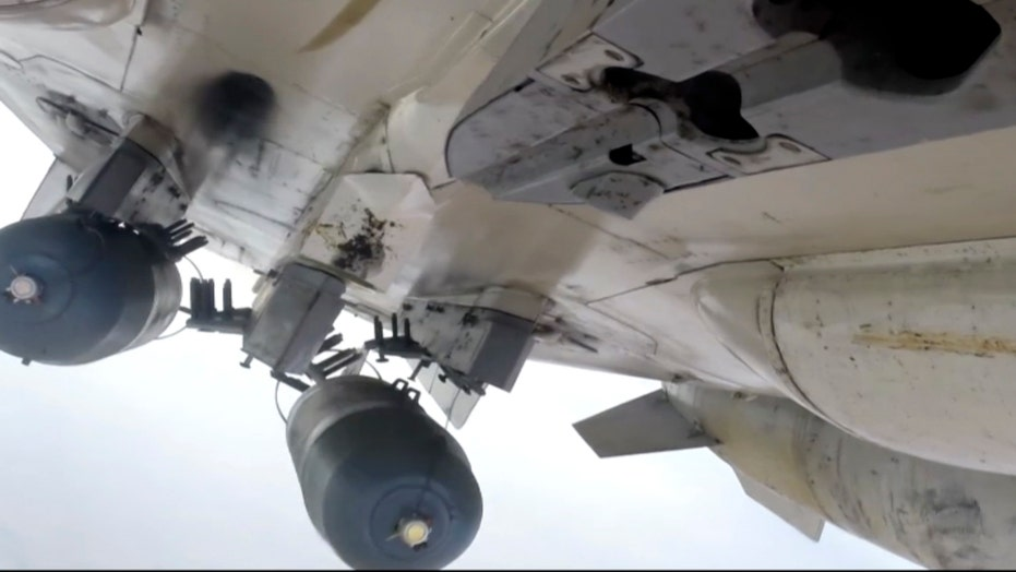 Russia and France launch more airstrikes against ISIS