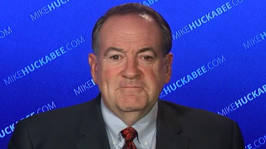 Huckabee: Obama is like George McFly being bullied by Biff