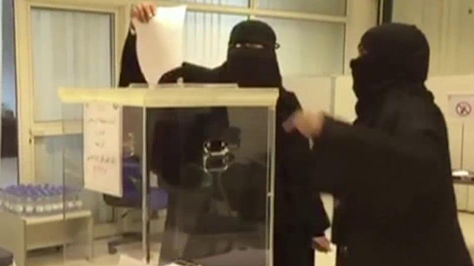 20 women in Saudi Arabia elected to local gov't seats
