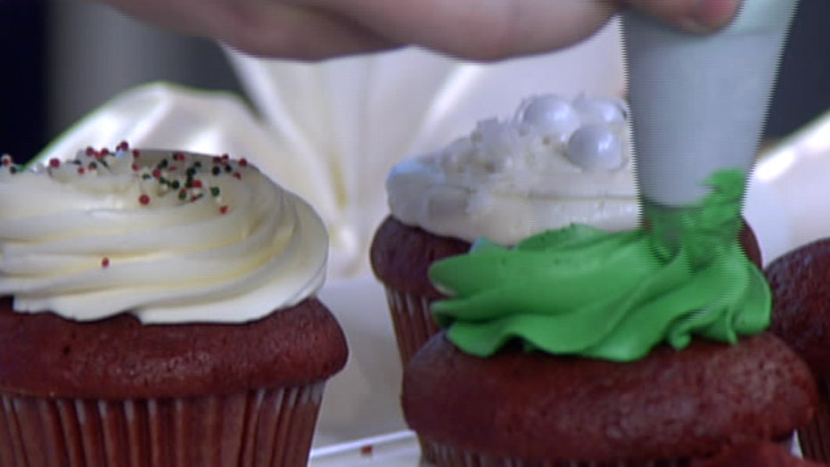How to decorate the perfect cupcake