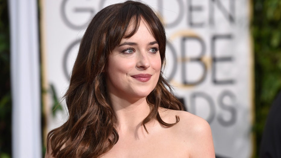 Dakota Johnson's wardrobe malfunction