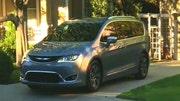 FoxNews.com Auto's Gary Gastelu talks to Chrysler's Tim Kuniskis about the stylish, high tech Pacifica minivan.
