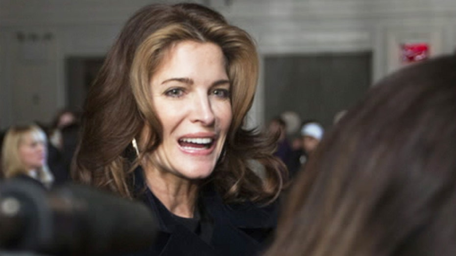 Report: Stephanie Seymour booked on DUI charge