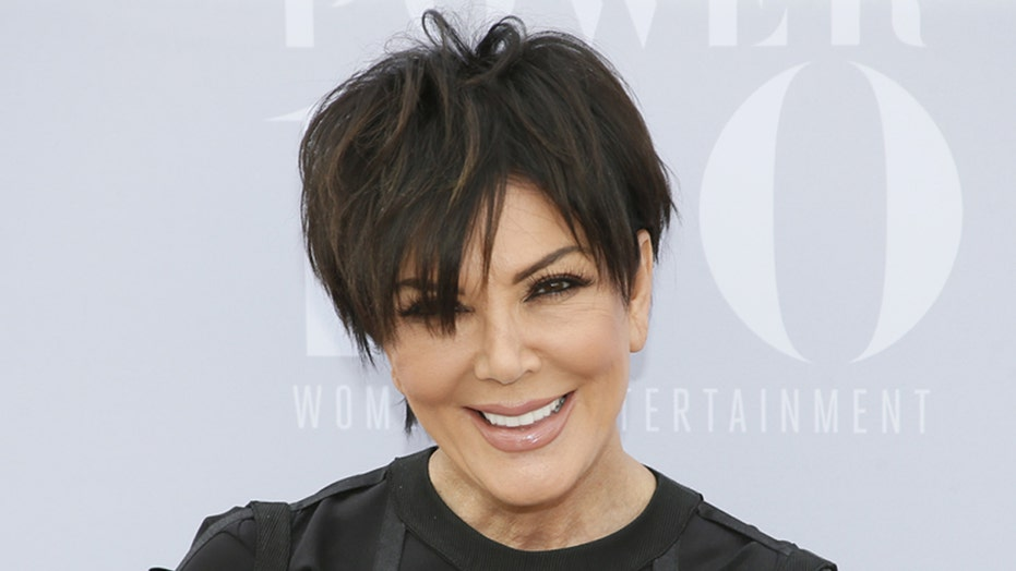 Kris Jenner booed at awards party