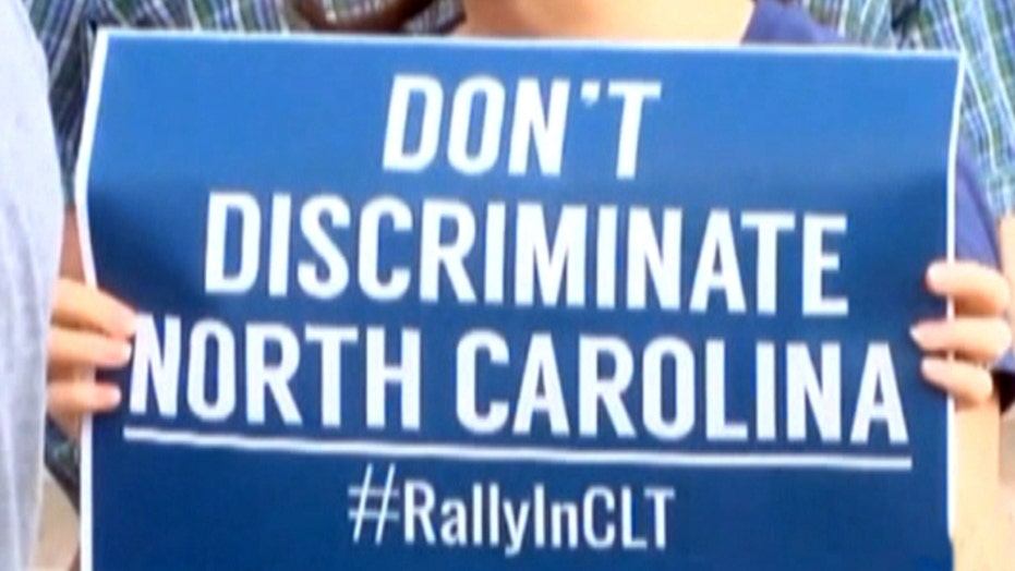 NY gov bans taxpayer-funded travel to NC over gender law