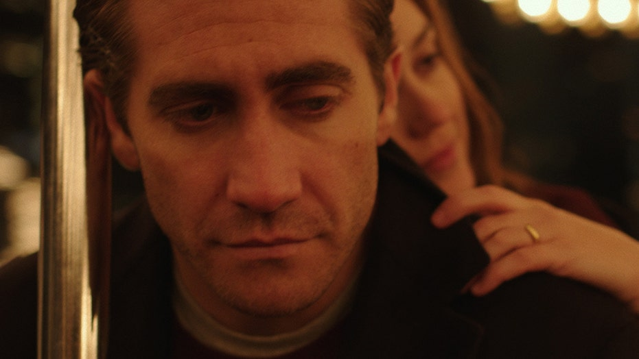 Jake Gyllenhaal: 'Demolition' shows awkward side of grieving