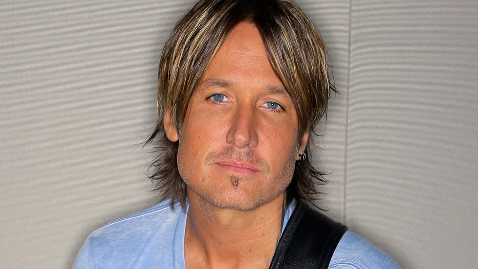 Keith Urban gets a little help from his friends