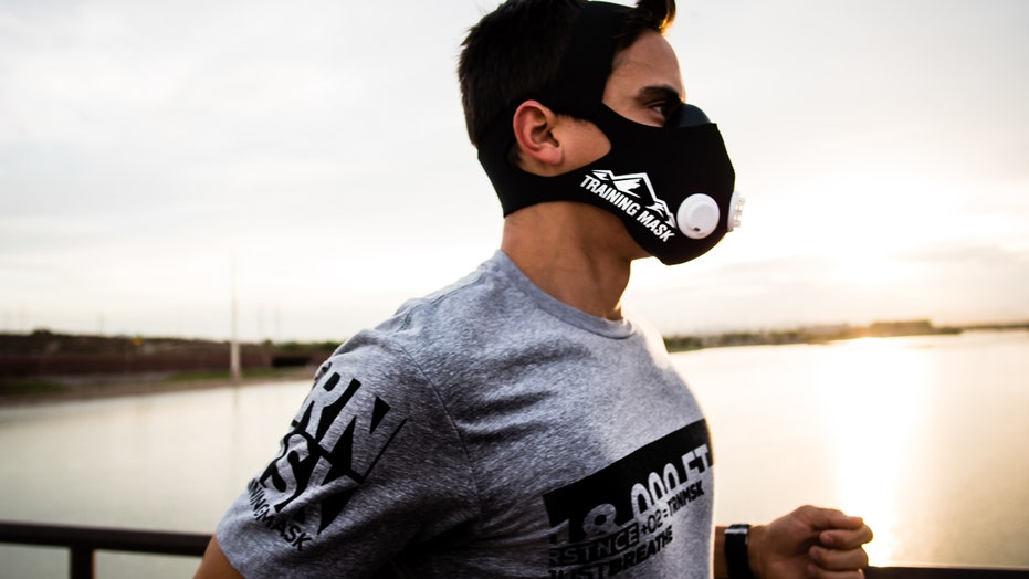Can elevation training masks improve your endurance? | Fox News