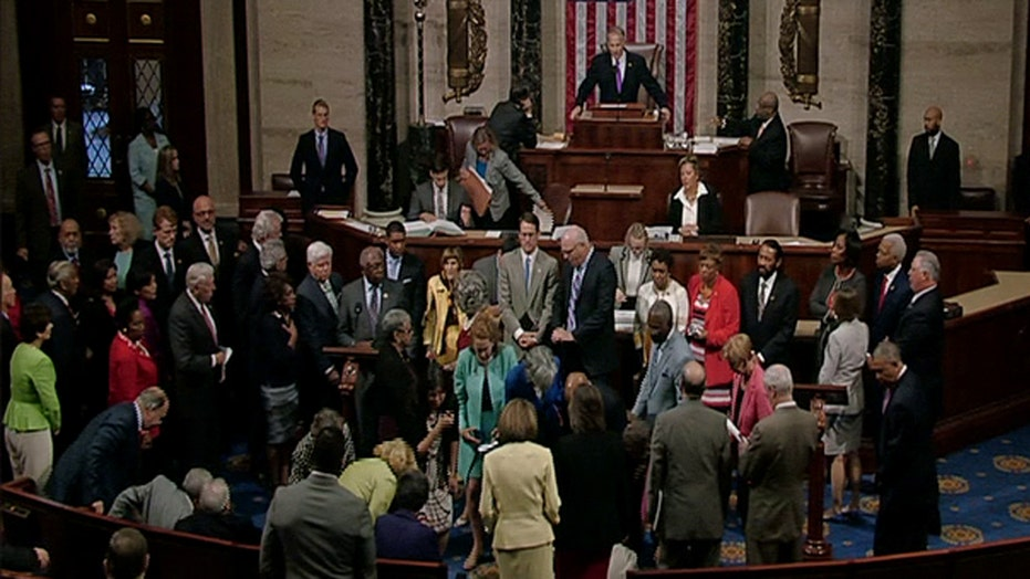 No bill, no break: Dems stage House sit-in over gun control