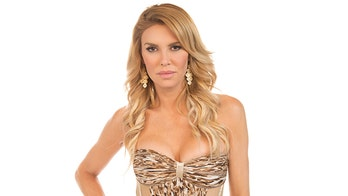 Brandi Glanville shows off nearly bare behind for 10-year challenge