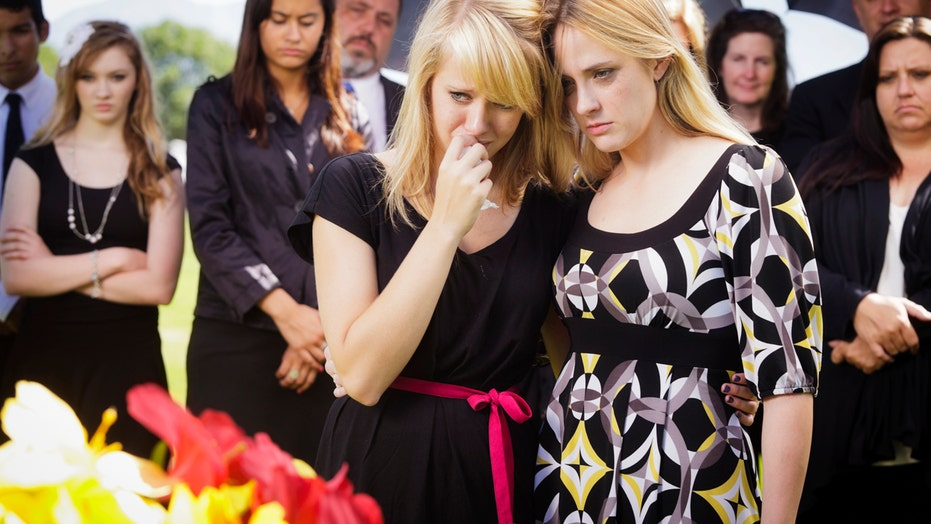 Helping teens cope after a parent's death