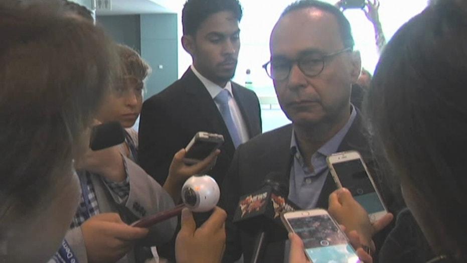 Rep. Gutierrez demands Latinos show up to vote