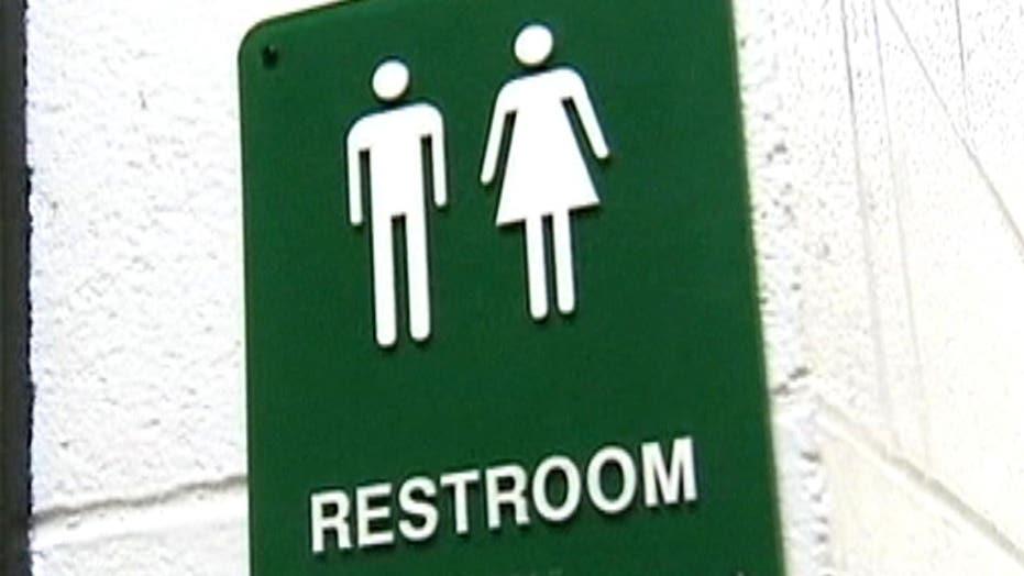 SCOTUS halts pro-transgender bathroom ruling in VA