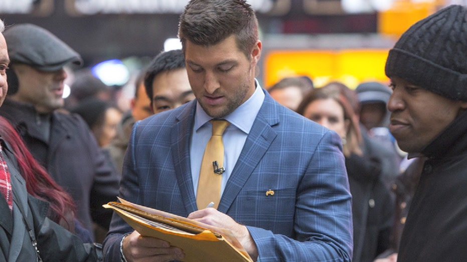 Tim Tebow pursuing professional baseball career