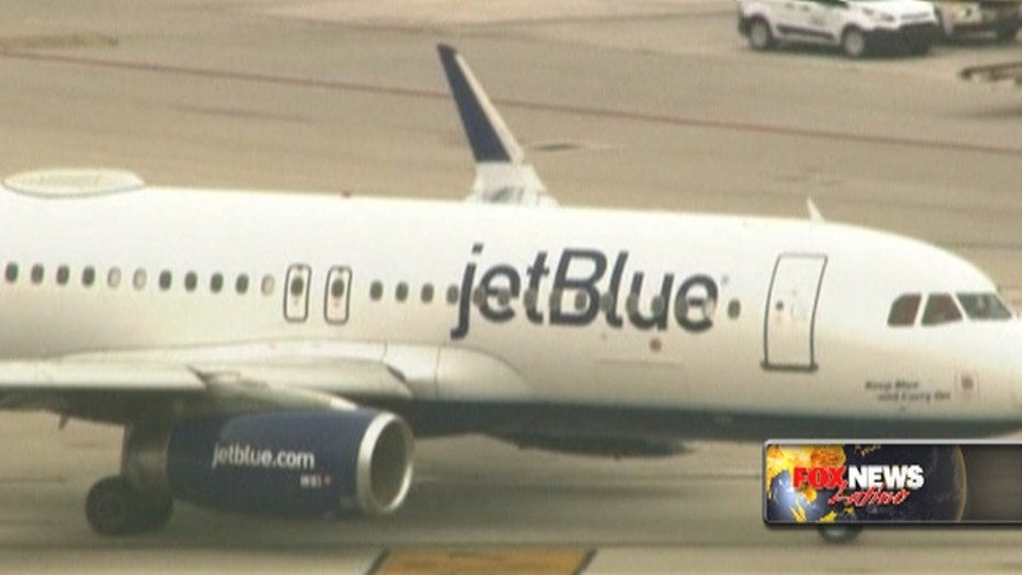 First commercial flight from the U.S. to Cuba