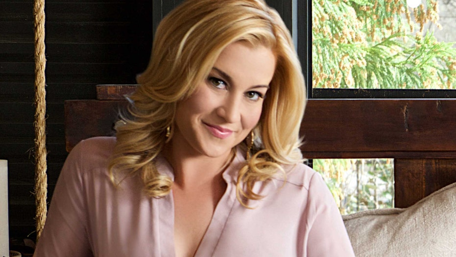 Kellie Pickler shares the secret to her Southern style