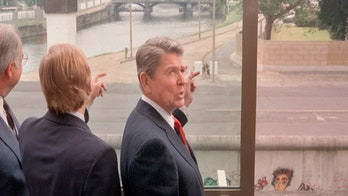 Reagan's Berlin Wall speech 30 years later: 'Tear down this wall' still stands