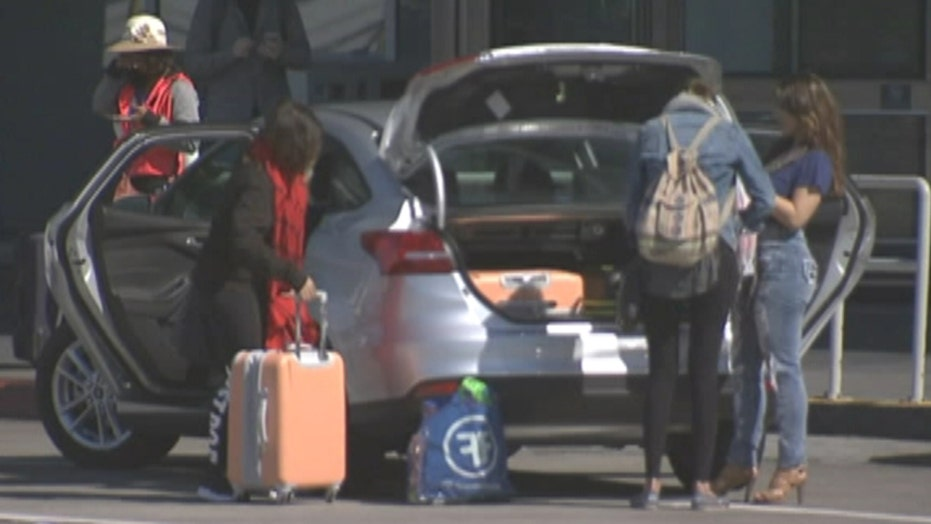 Tips to save on holiday travel