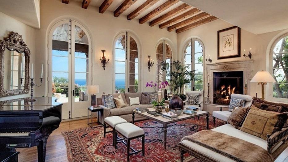 Hot Houses: Jeff Bridges' Montecito estate