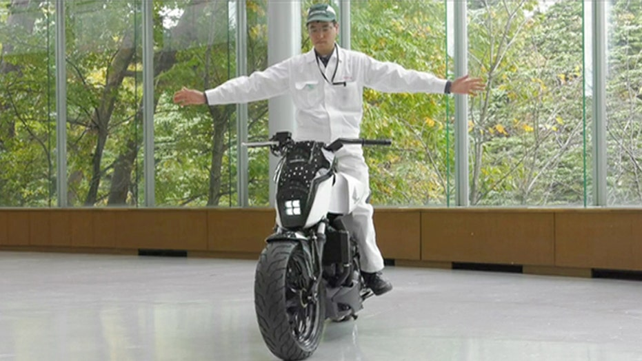 Honda's self-balancing bike