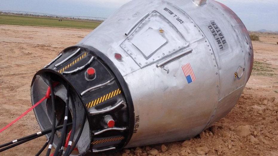 'Space capsule' in desert stops traffic