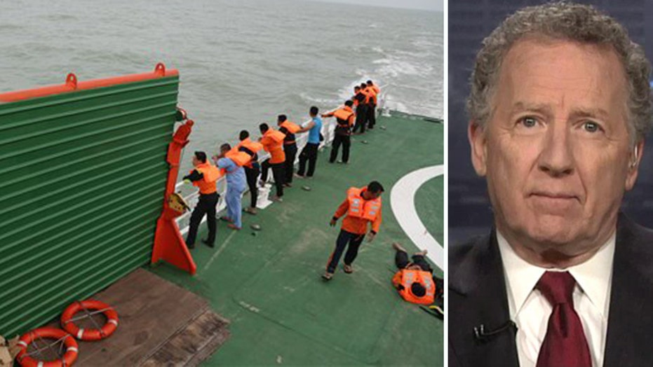 4 large objects found in AirAsia wreckage and victims search