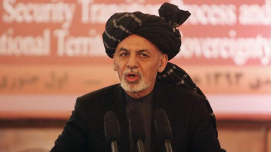 Should US 're-examine' Afghanistan troop withdrawal?