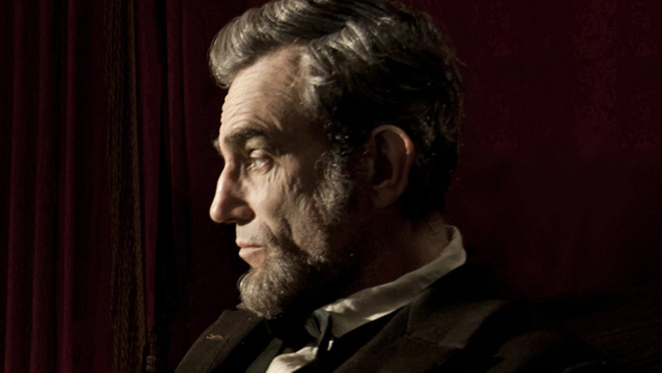 'Lincoln' leads Oscar pack with 12 nominations