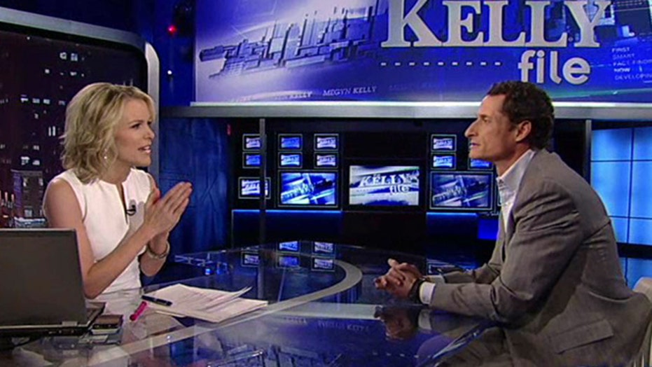 Anthony Weiner, Megyn Kelly debate political scandals