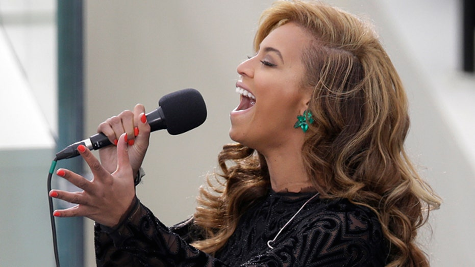 Beyonce performs national anthem at Obama's inauguration