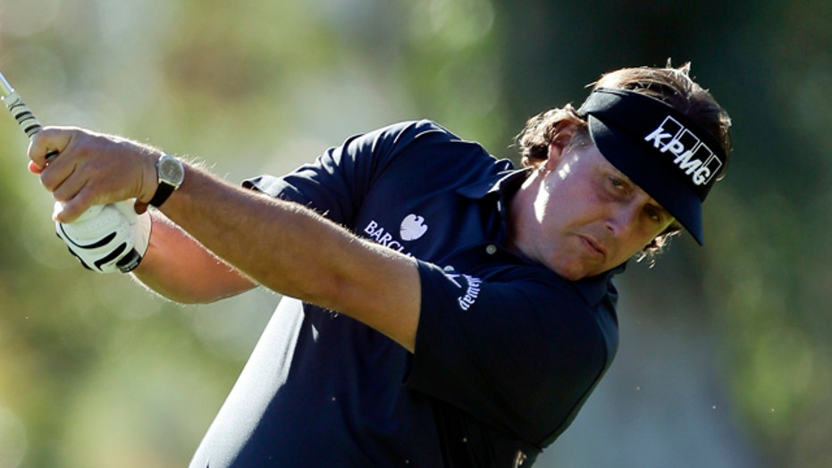 Mickelson apologizes for complaining about high taxes