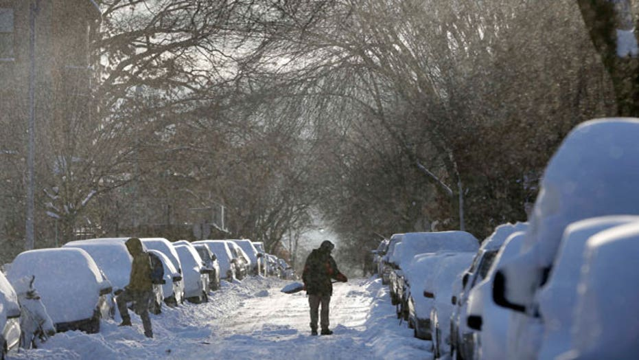 Powerful storm slams Midwest, Northeast