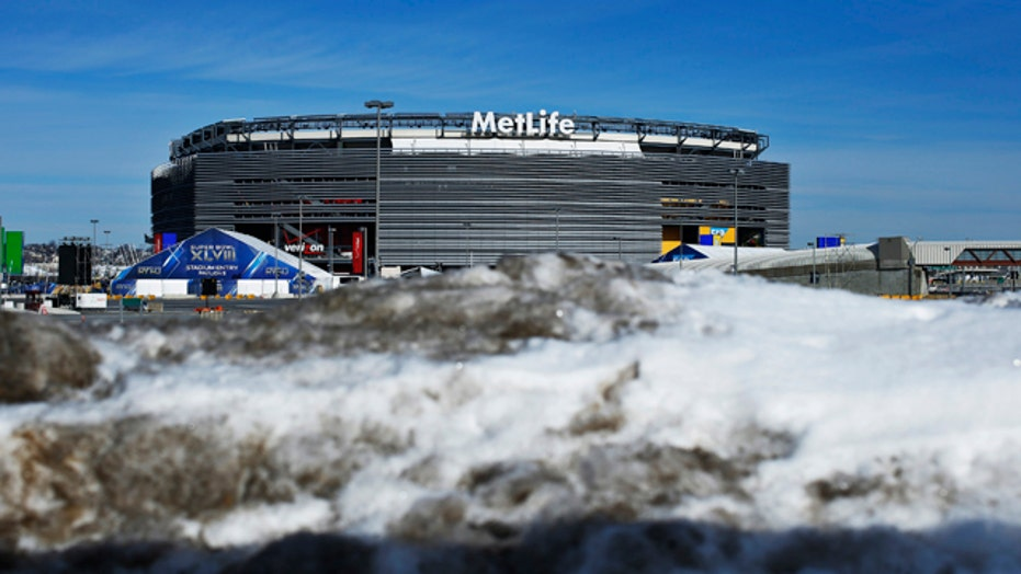 Cold weather dangers for Super Bowl XLVIII athletes