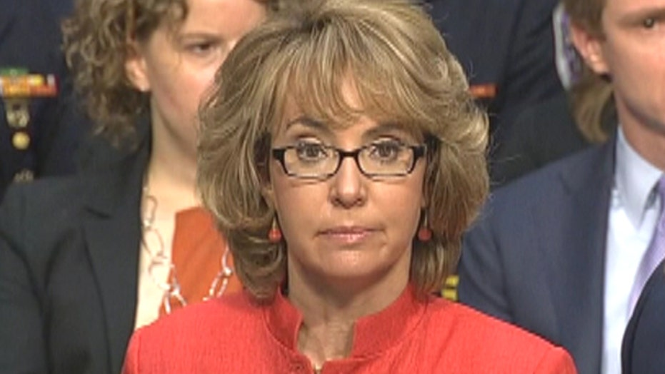 Gabby Giffords speaks at gun hearing: 'We must do something'