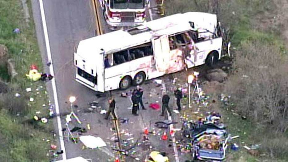 Deadly bus crash leaves eight dead in California