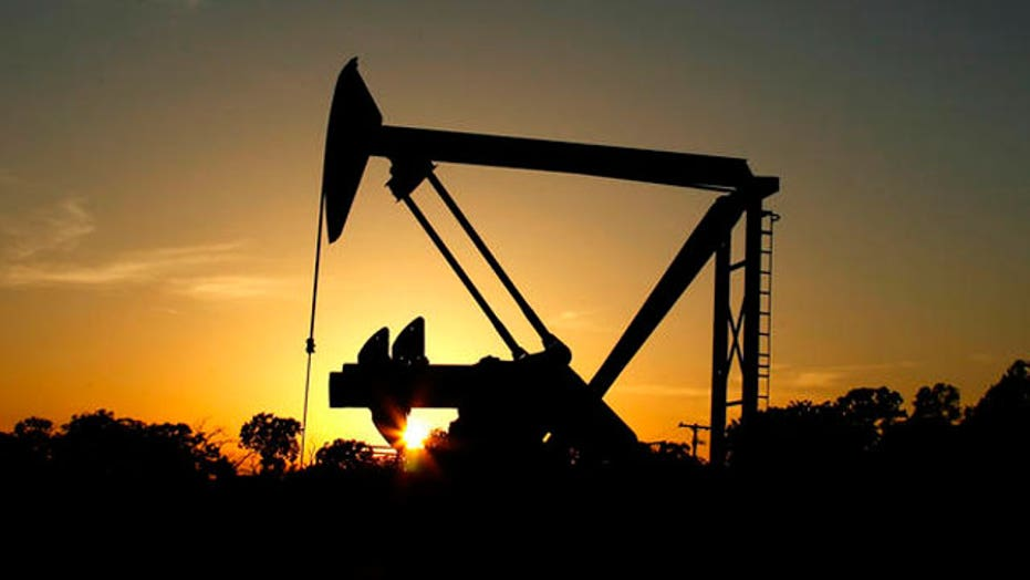 Should US lift ban on exporting crude oil?