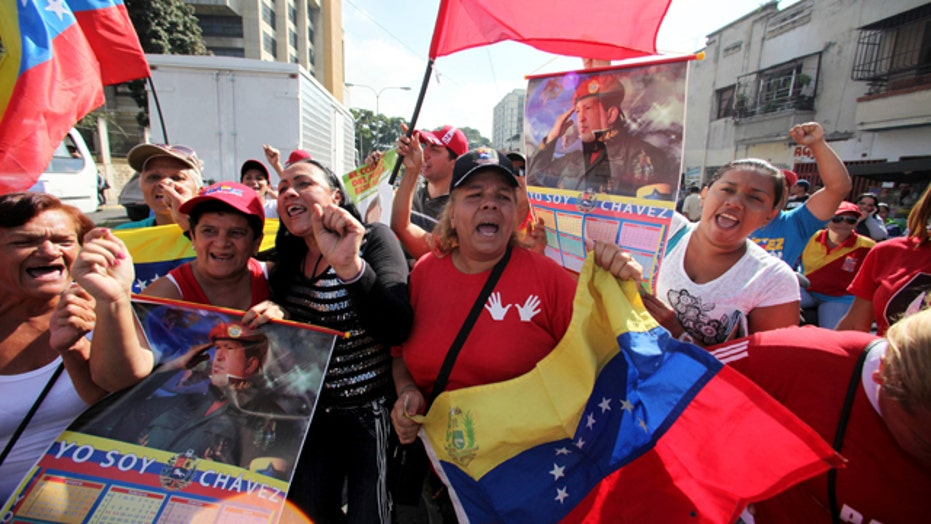 Surprise homecoming for Venezuelan President Hugo Chavez