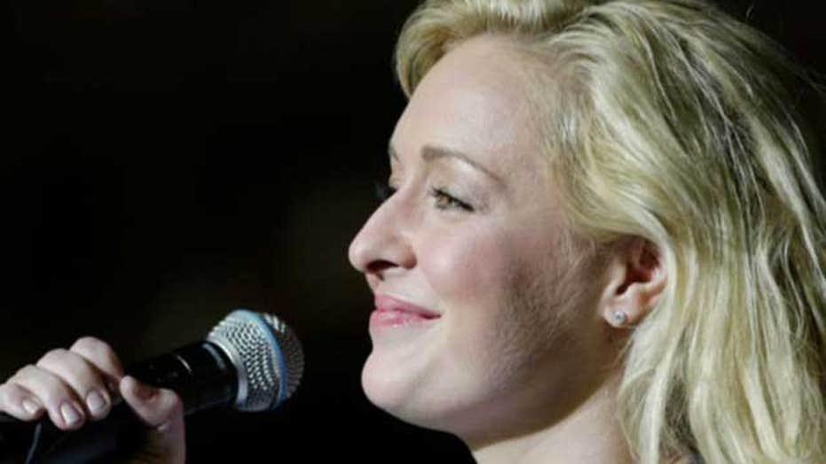 Singer Mindy McCready dead at age 37