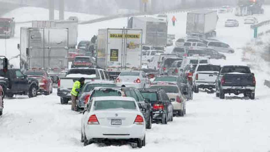 Blizzard heads east as storm hammers Midwest, Great Plains